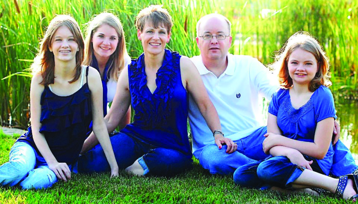 Community Support  Bolsters Grieving Family