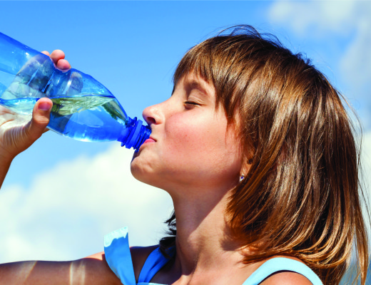 Young-Girl-Drinking-Water_80540562_SMALL